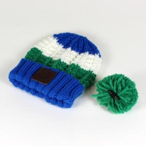 green bobble hat 4
