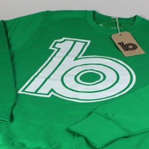 green logo sweat 3