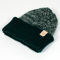green heather beanie 2