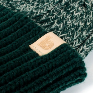 green heather beanie 3